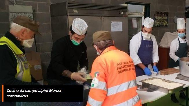Coronavirus, dalla cucina da campo degli alpini di Monza partono 250 pasti al giorno per l'emergenza